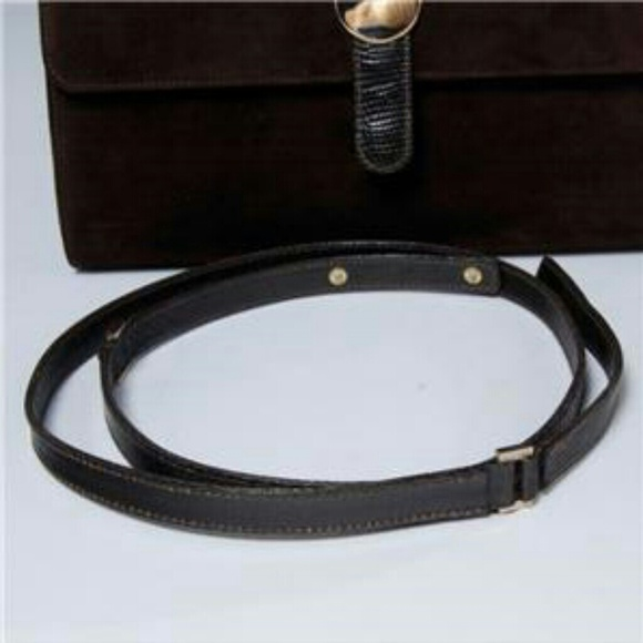 4b6dedb1dad5 Gucci Accessories | Vinted T Clutch | Poshmark